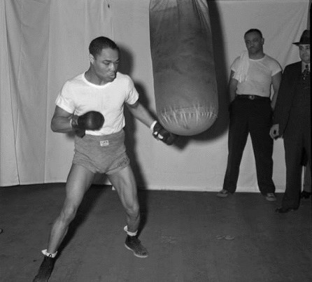 Henry Armstrong boxing
